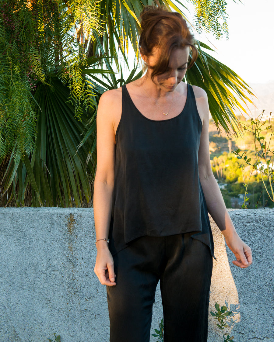 FRANKIE Tank in Black Silk