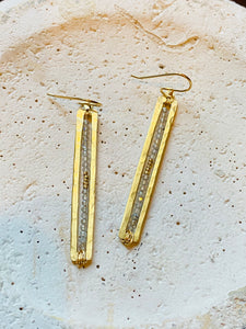 Tall Bar & Tiny Stones Earrings