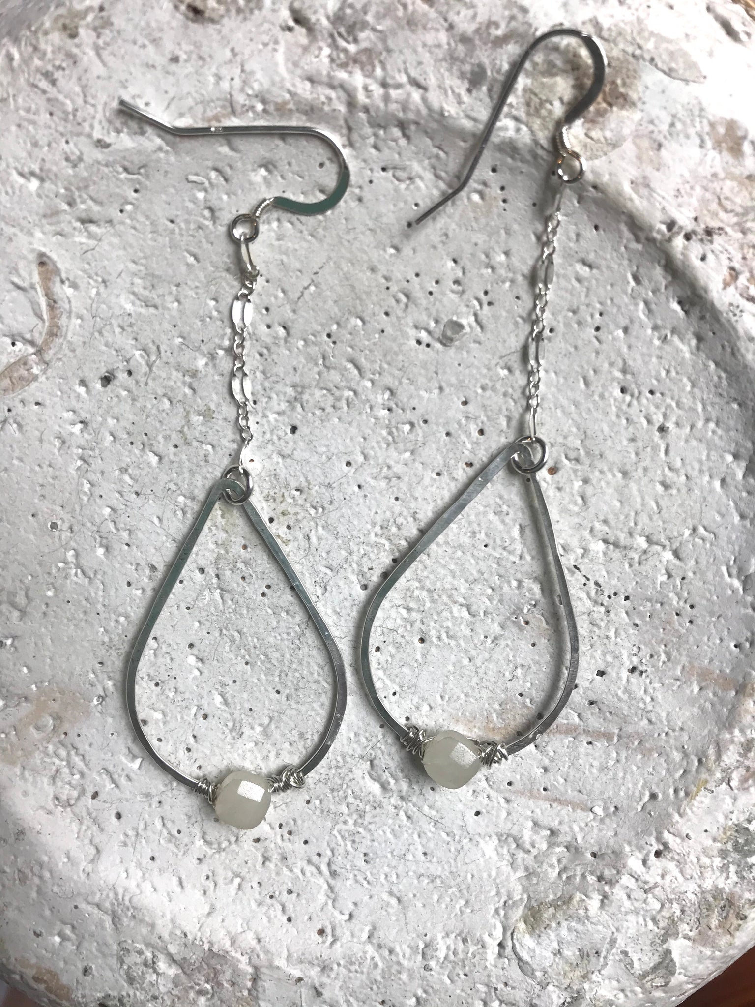 Sterling chain, teardrop & agate earrings