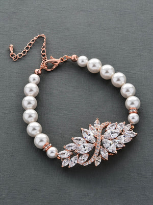 Load image into Gallery viewer, Demetria Pearl Rose Gold Bracelet
