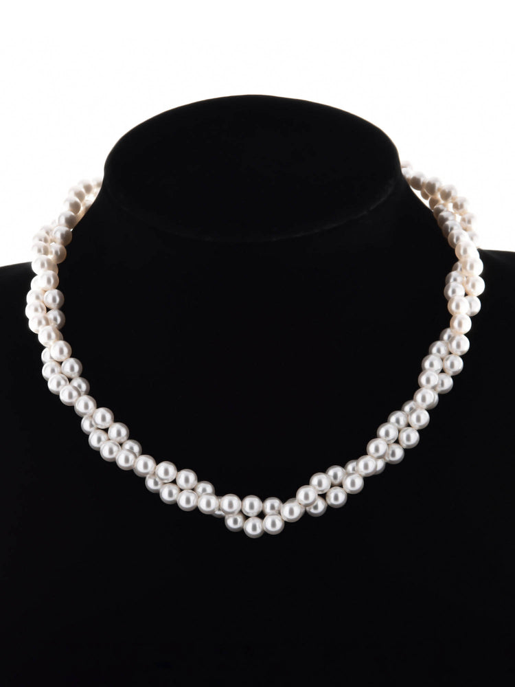 Classic Pearl Twisted Necklace