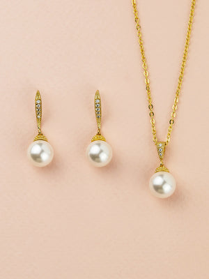 Classic Pearl Gold Jewelry Set (Bridesmaid)