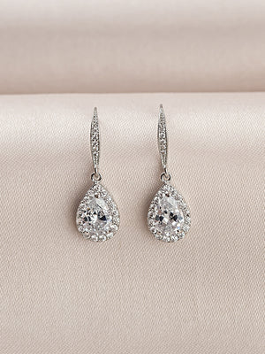 Load image into Gallery viewer, Victoria Earrings