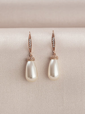 Load image into Gallery viewer, Classic Rose Gold Teardrop Pearl Earrings (Bridesmaid)