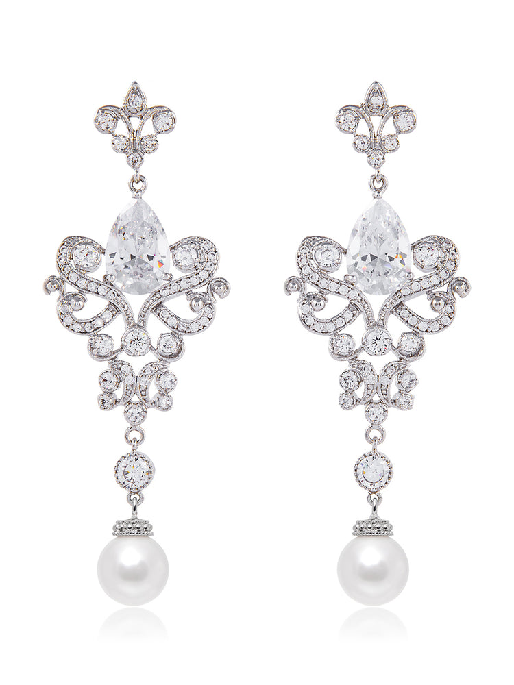 Isolde Pearl Earrings