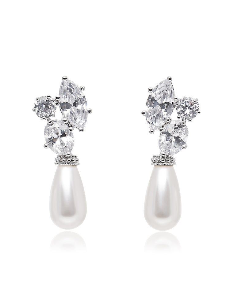 Hester Pearl Earrings