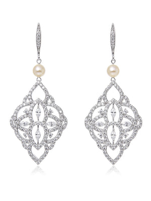 Thalia Pearl Earrings