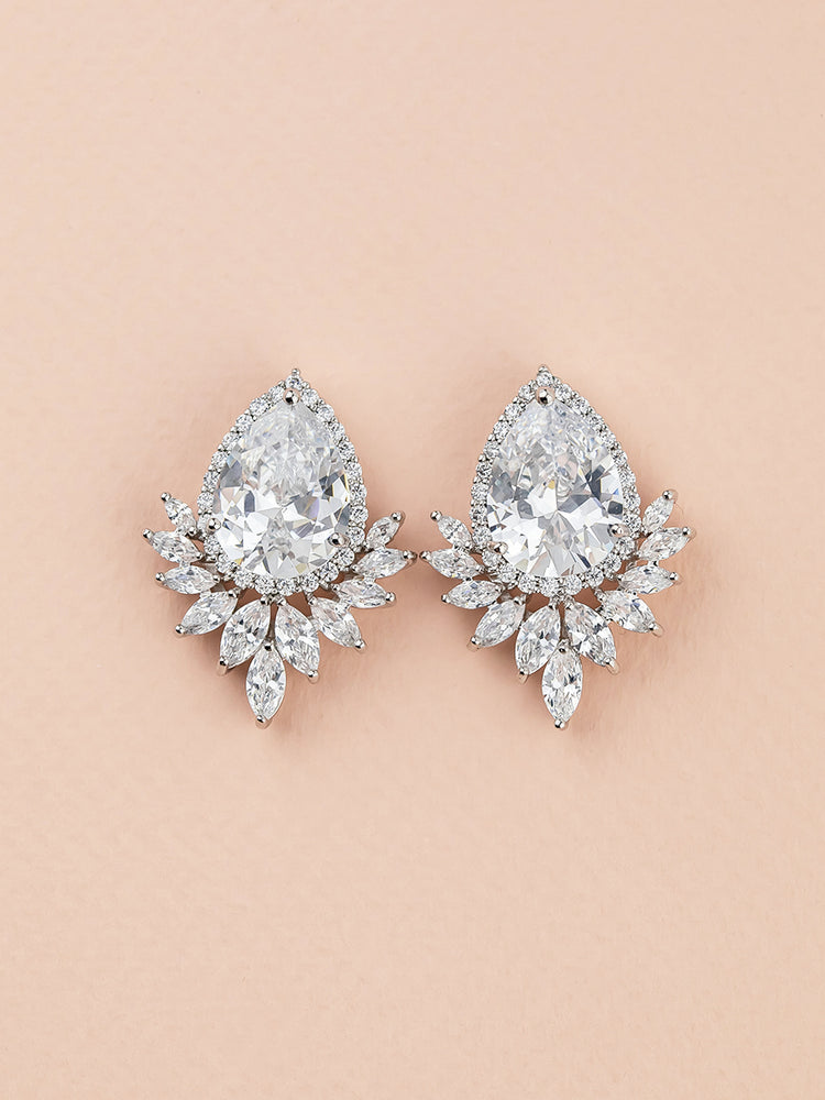 Eliana Stud Earrings