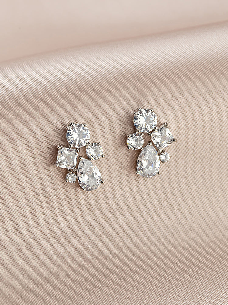 Load image into Gallery viewer, Lydia Stud Earrings