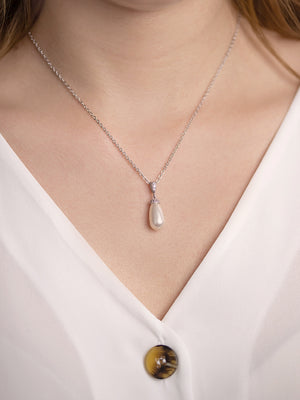 Load image into Gallery viewer, Classic Teardrop Pearl Pendant