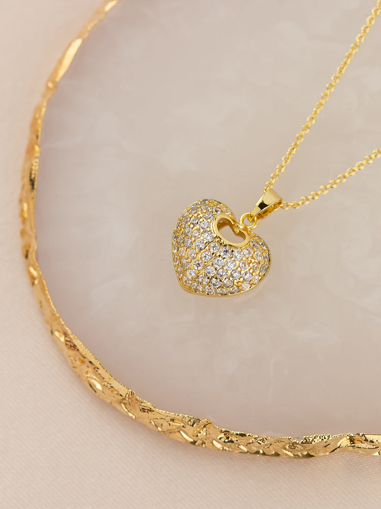 Load image into Gallery viewer, Diva Gold Pendant