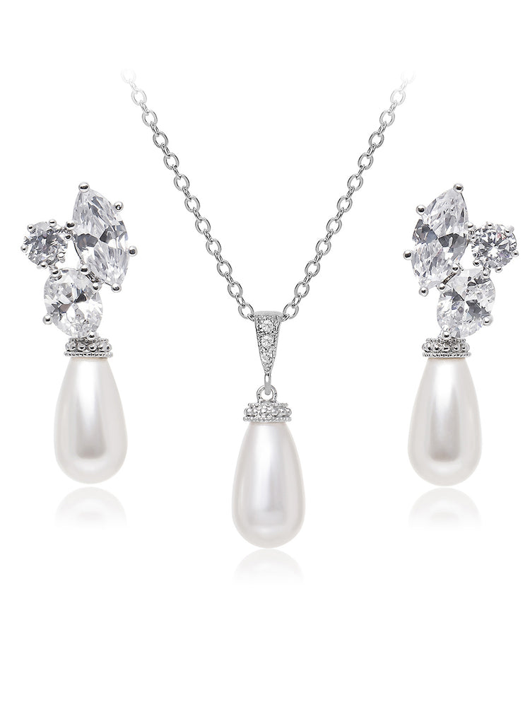 Hester Pearl Jewelry Set