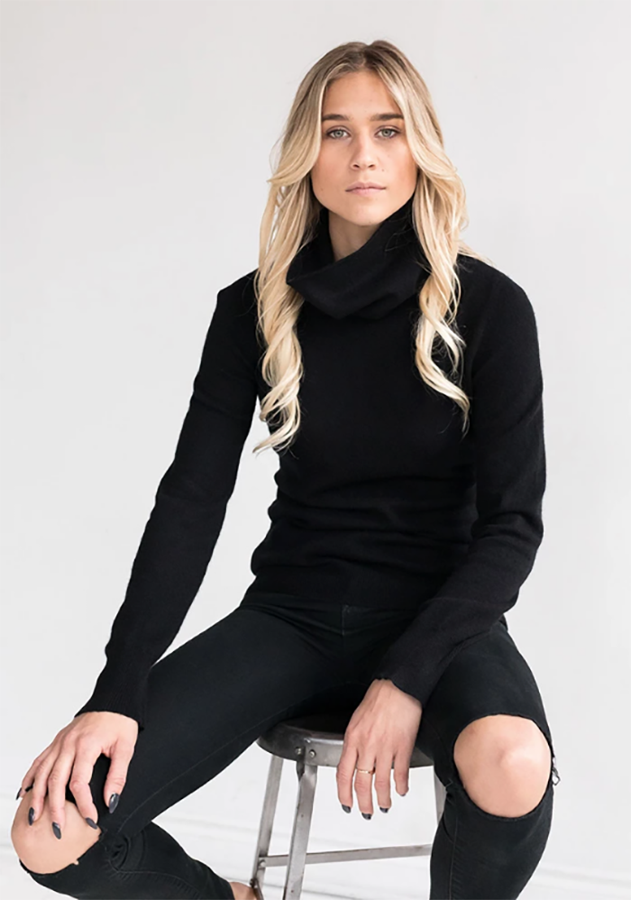 Fitted Women's Cashmere Cowl Neck Sweater in Black