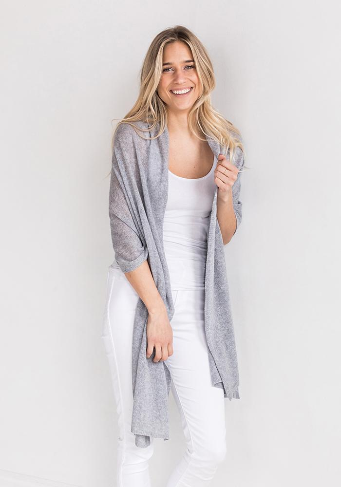Cashmere Wrap & Scarf in Light Grey
