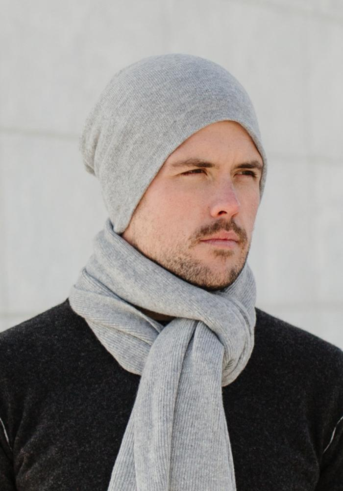 Mens Long Skull Hat in Light Grey - 100% Cashmere Beanie