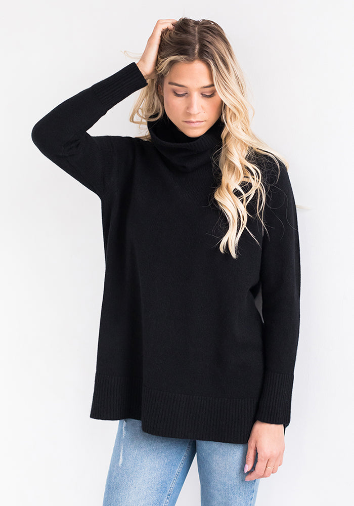 Narrow Cowl Sweater in Black