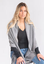 Lightweight Cashmere Wrap in Med Grey
