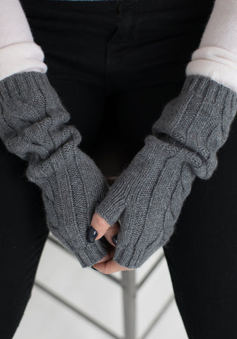 Cable Long Cashmere Wristlets