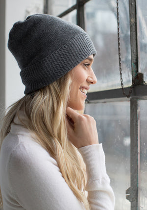 Classic Hat, 100% Cashmere in Medium Grey - Winter Accessories