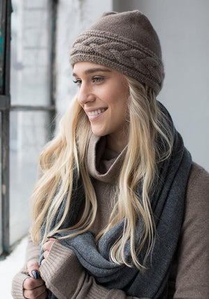 Cashmere Hat with Cable