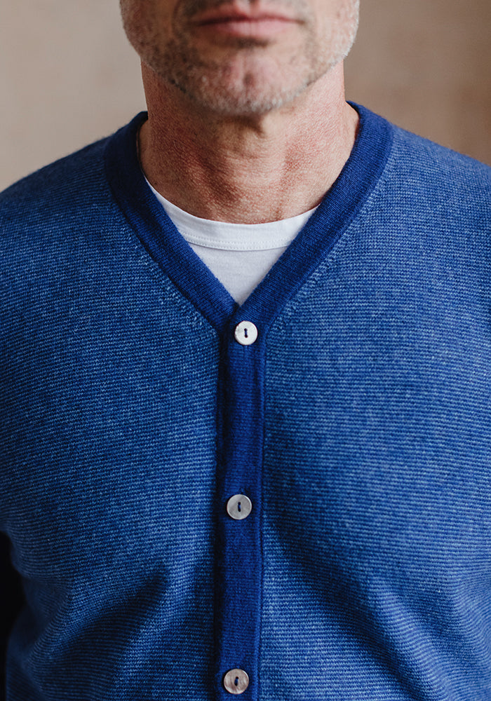 Men's V-Cardigan Blue