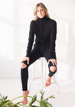 FITTED WOMENS CASHMERE TURTLENECK SWEATER - BLACK