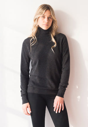 FITTED WOMENS CASHMERE TURTLENECK SWEATER - CHARCOAL