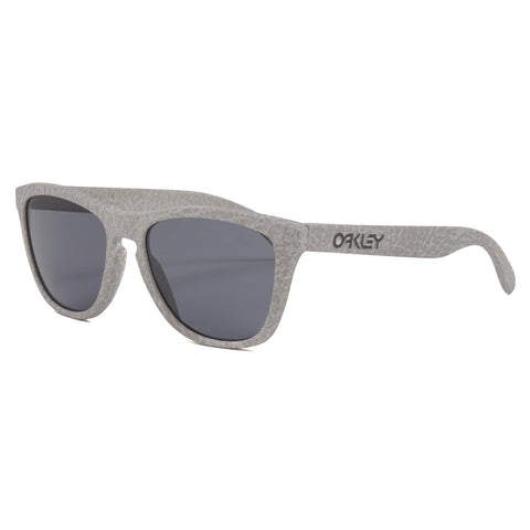Oakley Frogskins High Grade Collection Sunglasses Smoke Frame / Gray Lenses