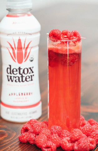 Detoxwater Prebiotic Aloe Juice Raspberry Cocktail
