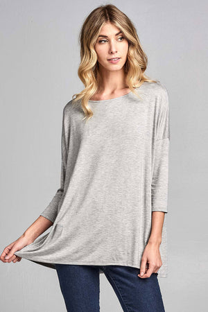 Womens Solid Round Neck 3/4 Sleeve Top