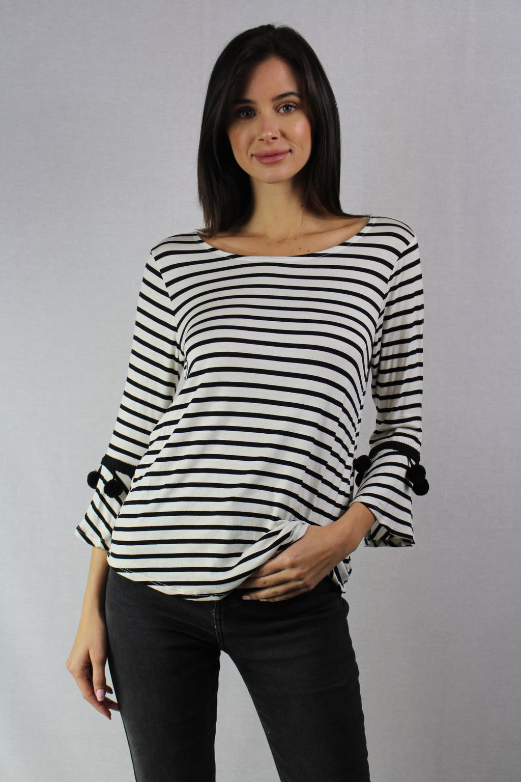3/4th sleeve striped top with sleeve details