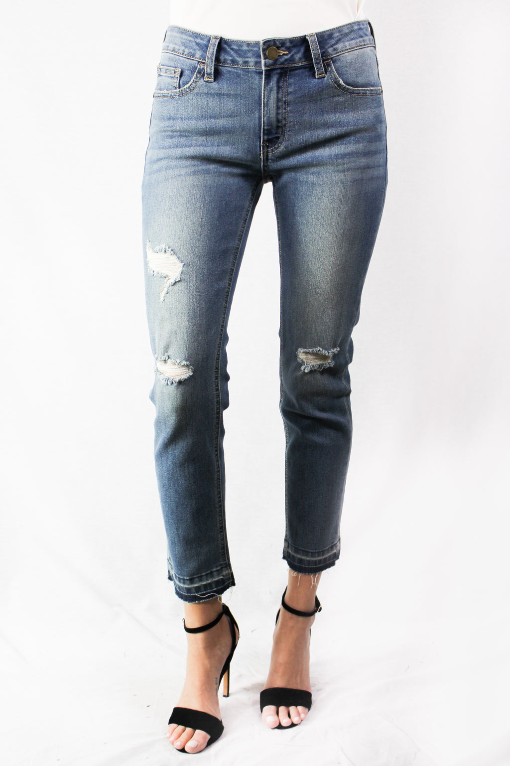 distressed medium washed skinny jean