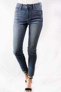 medium washed skinny jeans
