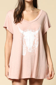 short sleeve long horn graphic top