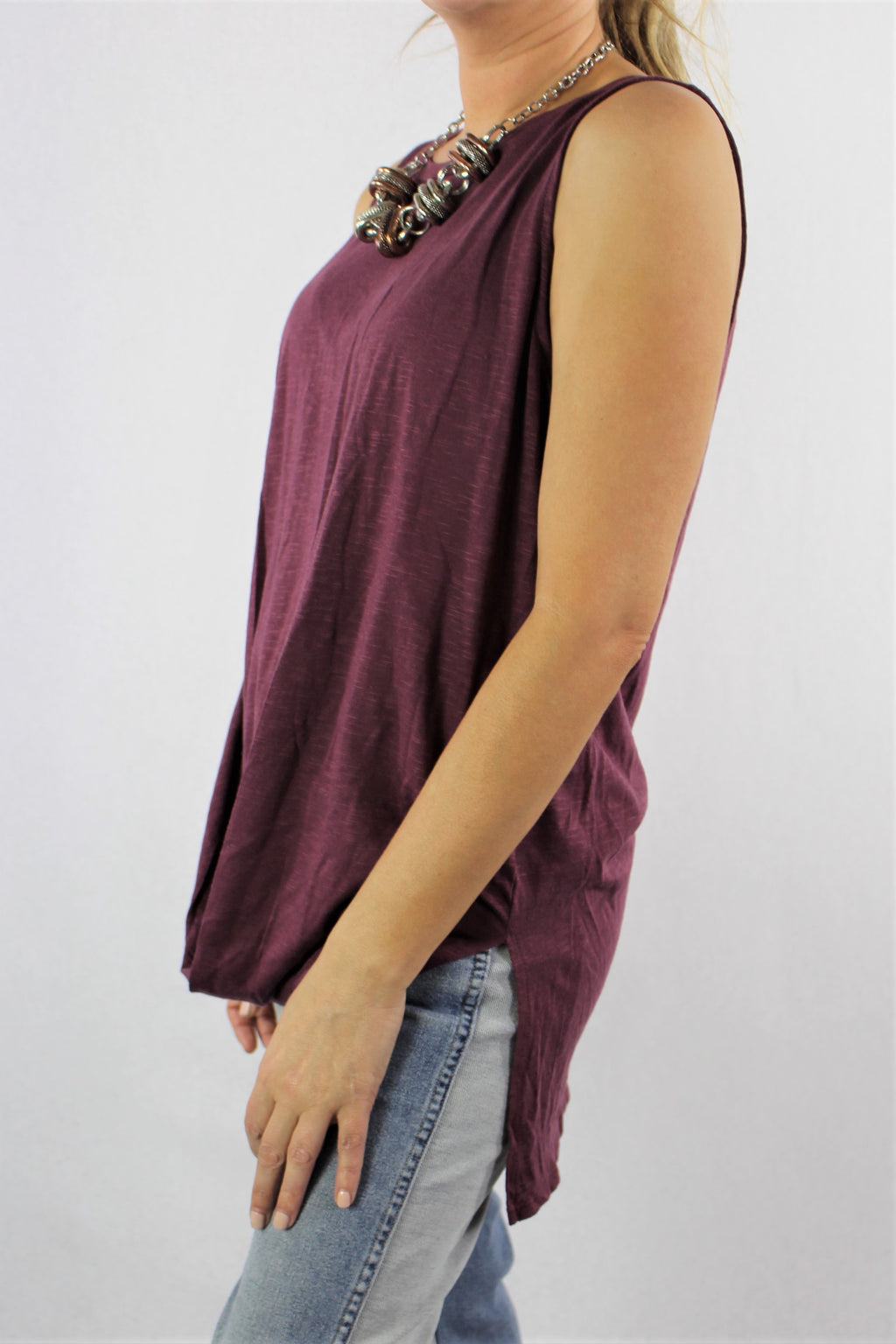 Women's Hi Low Hem Sleeveless Top