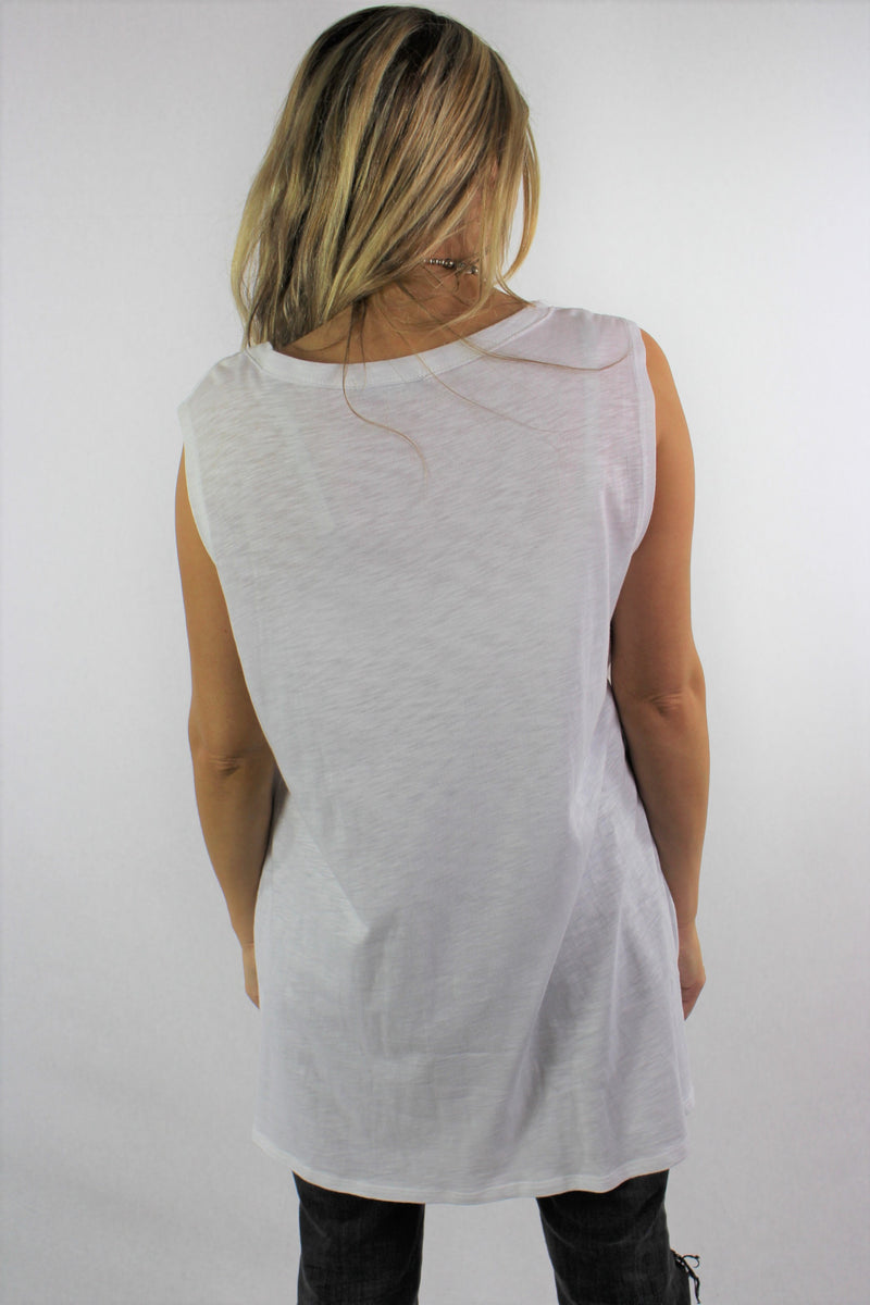 Women's Sleeveless Round Neck Tank Top