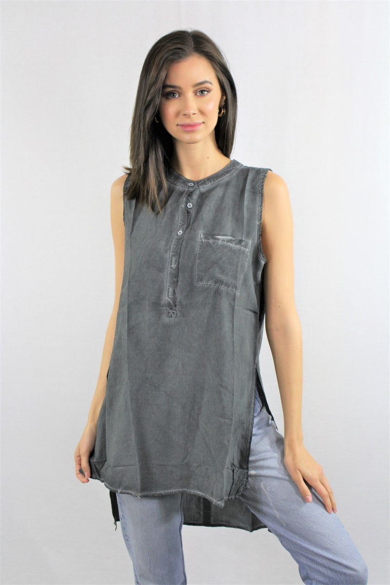 Sleeveless Tunic Front Pocket