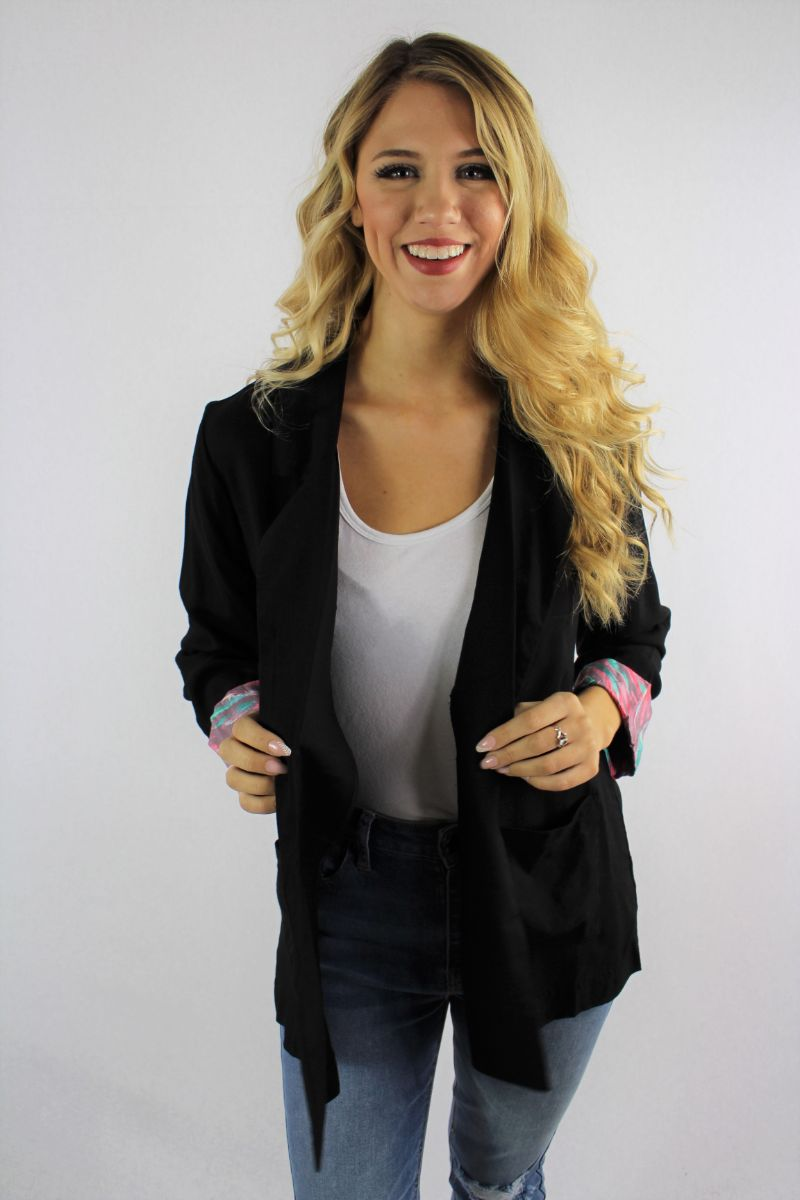 Women's Blazer With Front Pockets