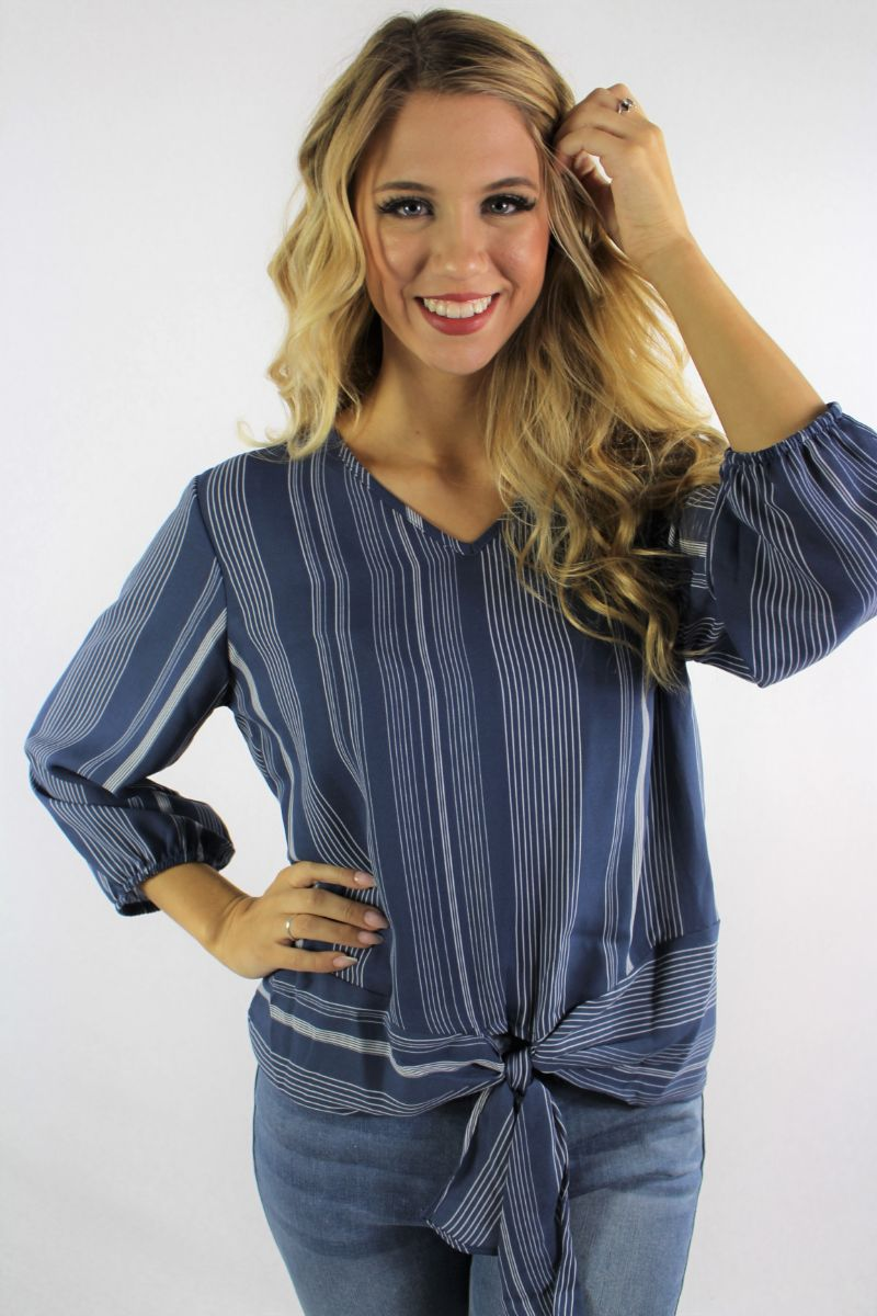 Women's 3/4th Sleeve Printed Top with Front Knot