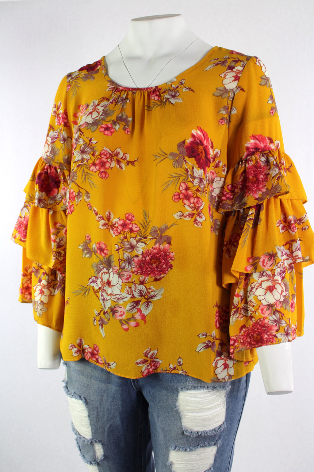 Women's Plus Size Ruffled Sleeve Floral Top