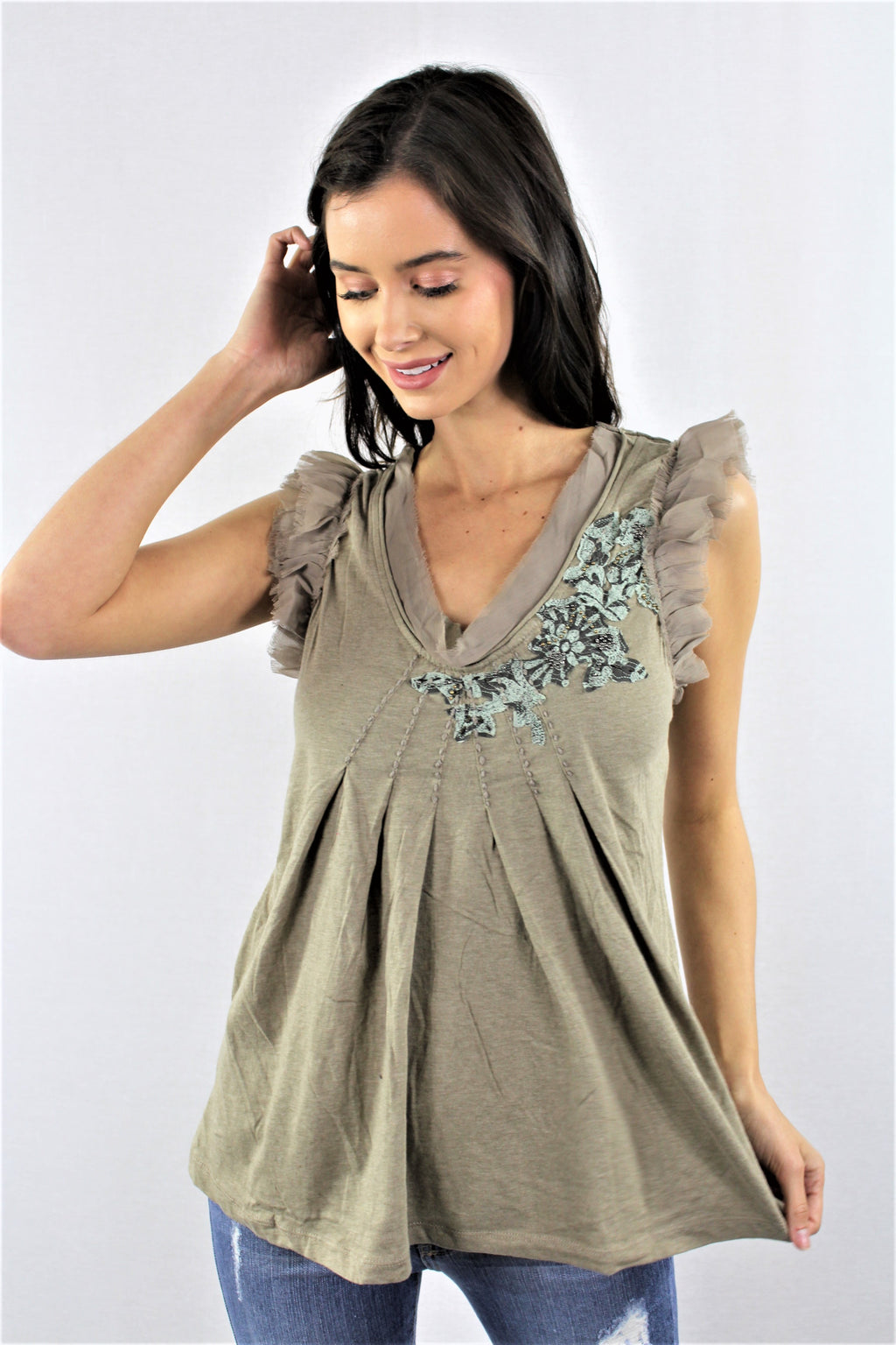 Women's Sleeveless V Neck Top with Chiffon Lining