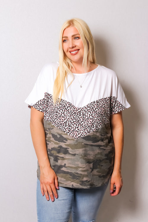 Women's Plus Size Short Sleeve Color Block Top with Camo and Leopard Design