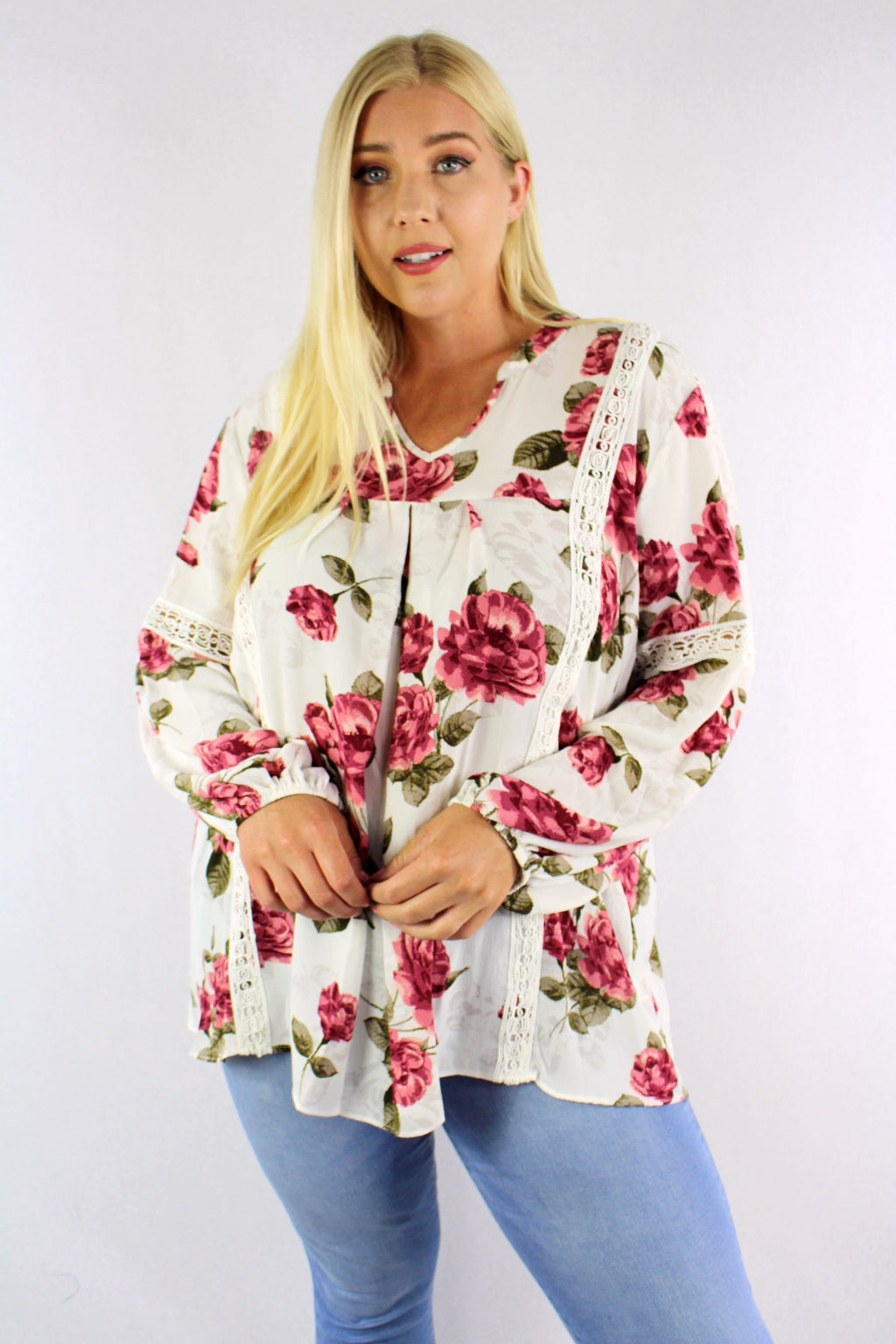 Women's Plus Size V Neck Floral Long Sleeve Crochet Detail Top