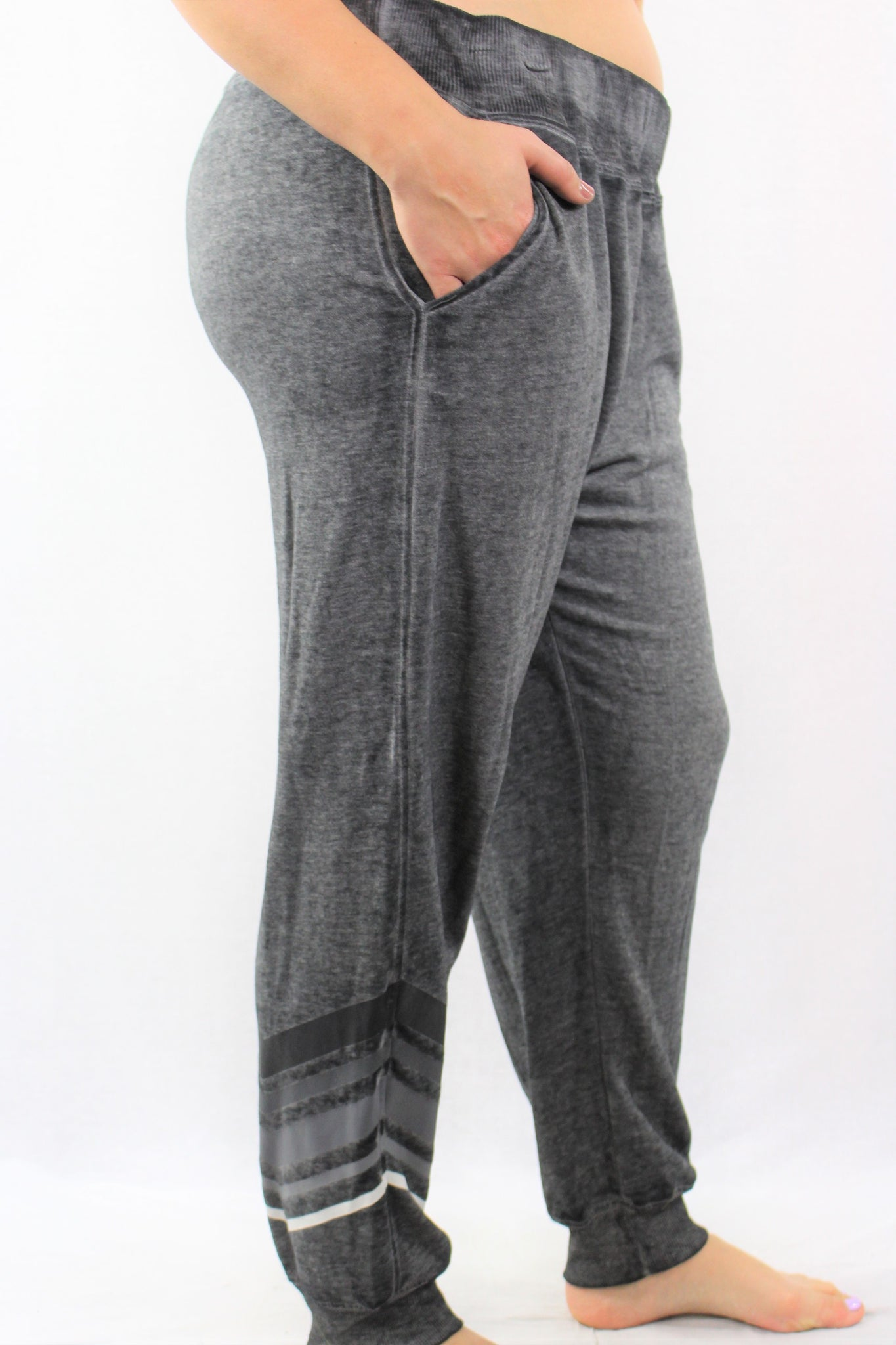 Lightweight Jogger Sweatpants with Pockets
