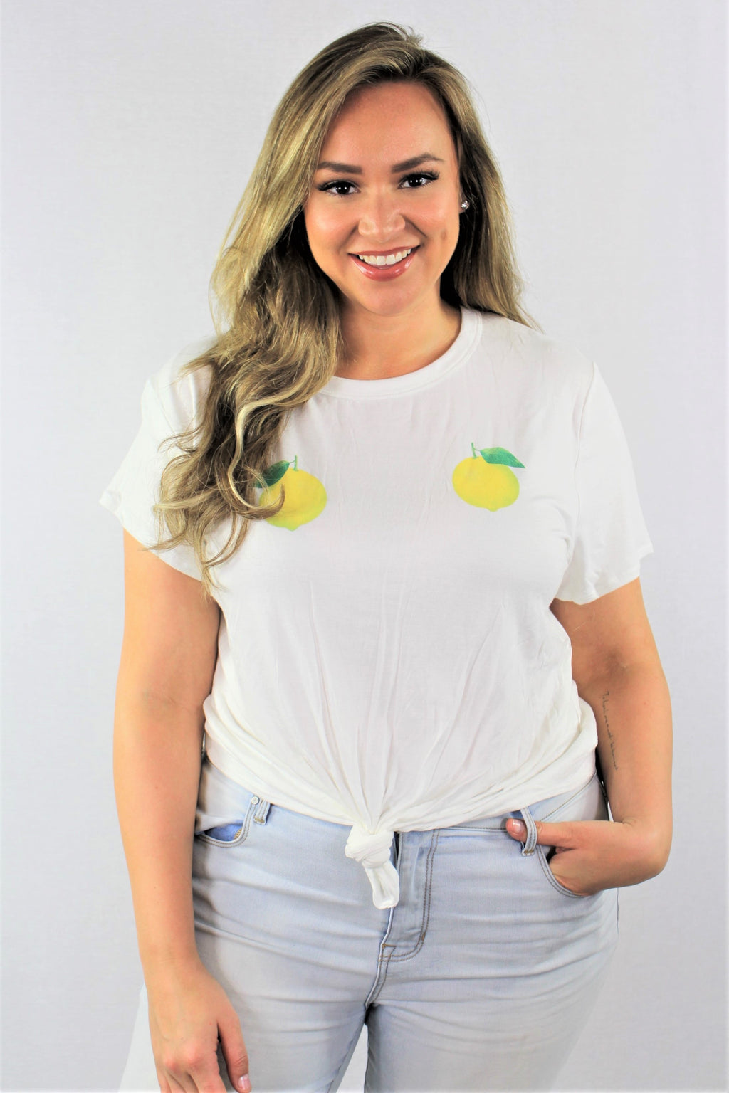 Plus Size Lemon Print Top with Front Knot