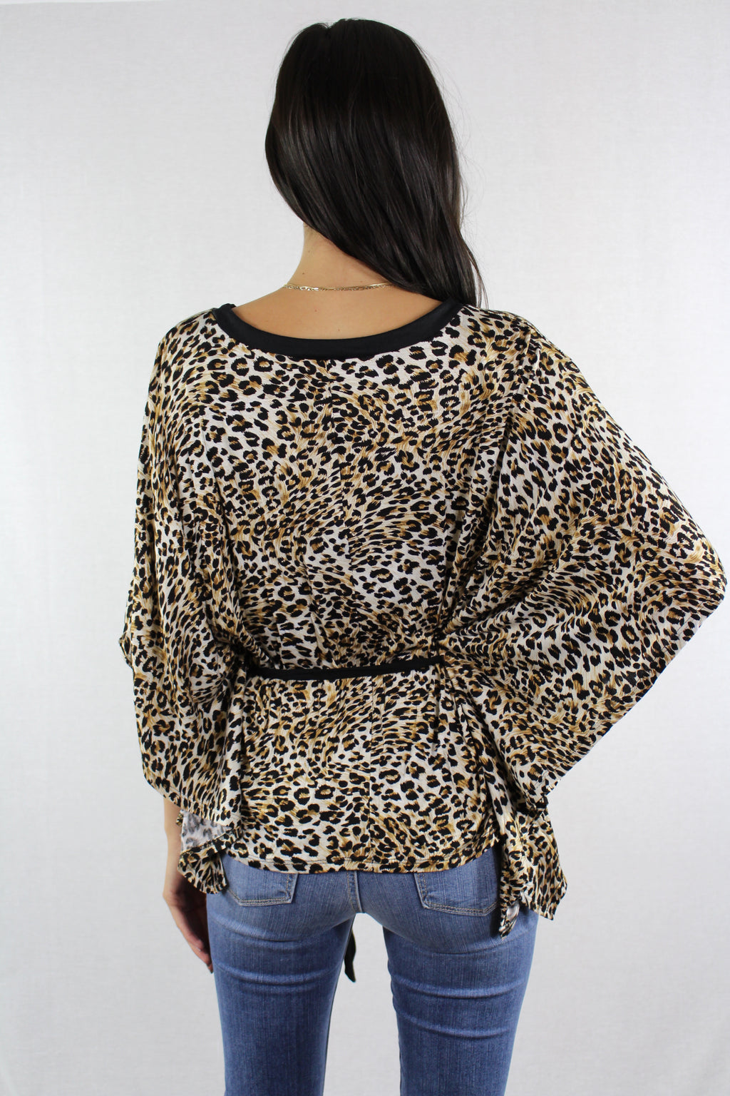 Batwing Sleeve Leopard Print Top