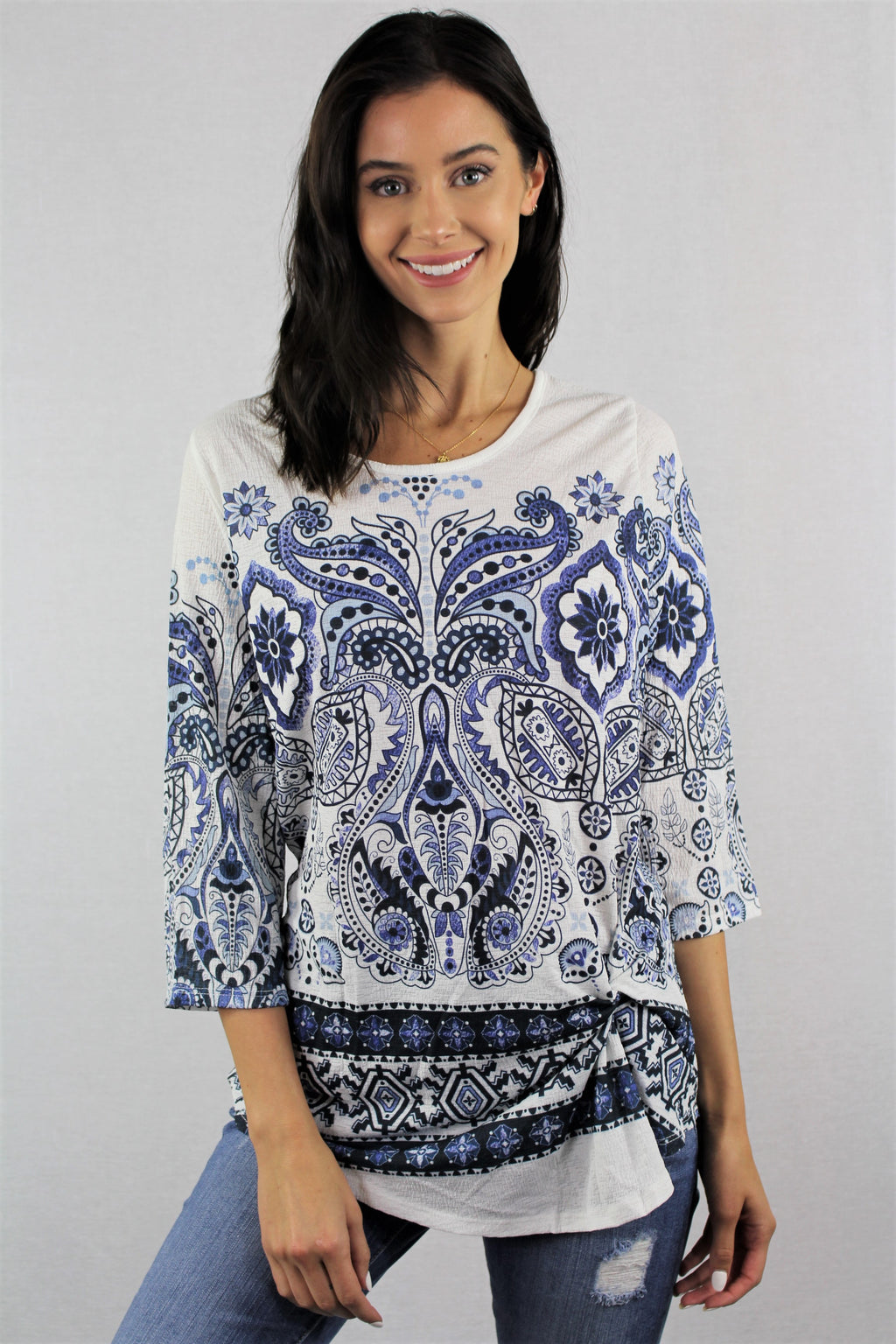3/4th Sleeve Printed Top with Front Twist