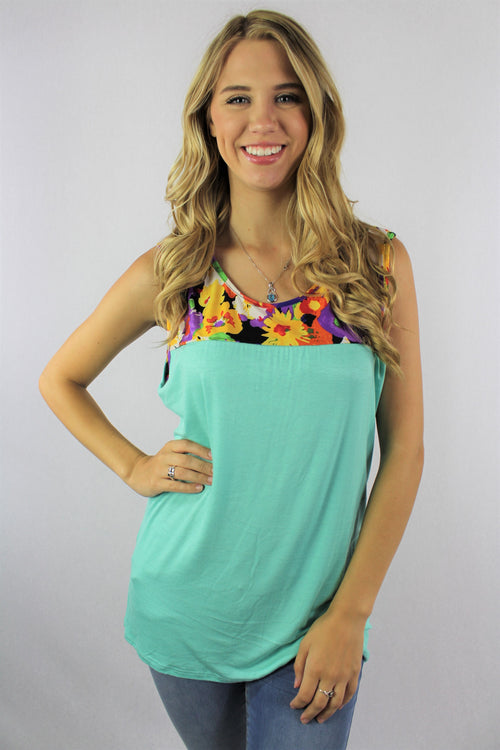 Women's Sleeveless Top with Floral Print Design