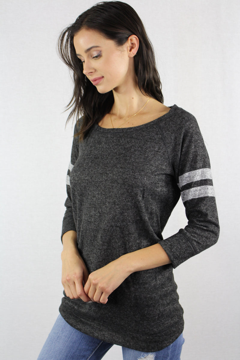 3/4th Sleeve Lightweight Knit Crew Neck Top