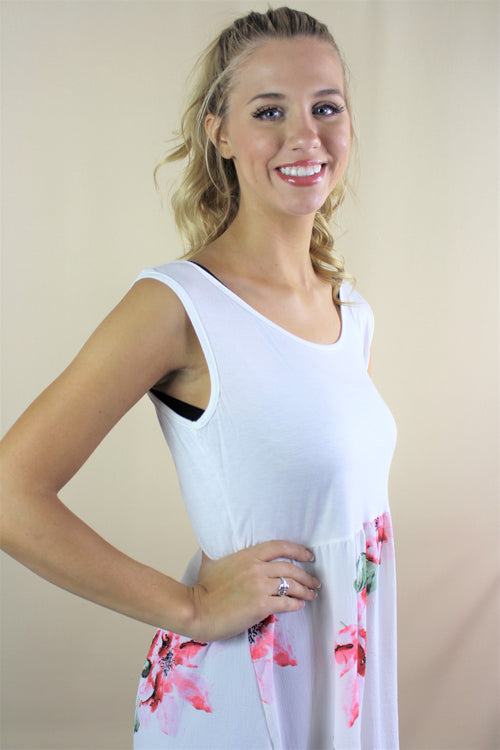 Women's Sleeveless Wide Hem Top with Floral Design